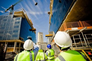 building-under-construction-with-workers-shutterstock_57862405-Kopya