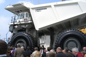 liebherr_monster_truck1