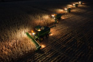 rsz_combines_at_night