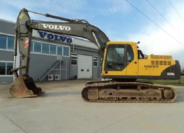 2005 model VOLVO EC240BLC Ekskavatör