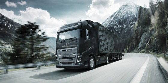new-volvo-fh16-on-the-road-2