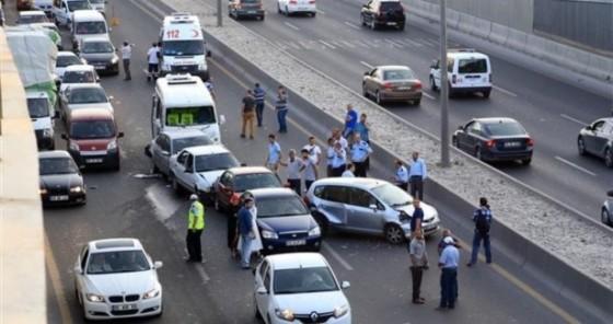 bayramlarda_trafik_kazalarına_dikkat