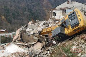 bina yıkıldı